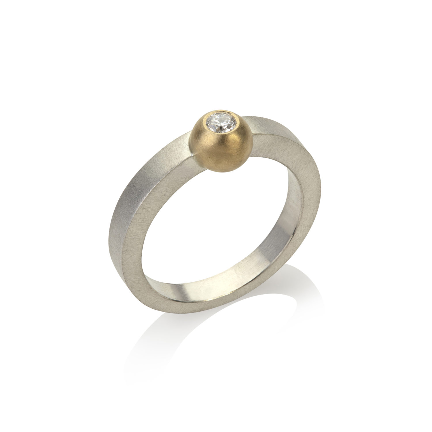 An Alleweireldt- silver ring with 18ct gold and ethical diamond – photo by Juliet Sheath