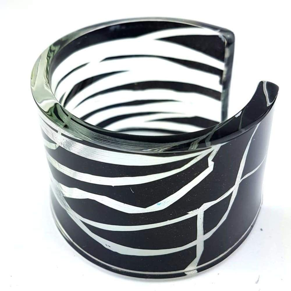 C4524Bk Black Blades Of Grass Wide Cuff